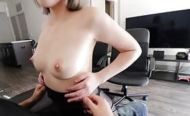 日本性愛視頻,美少女居家做愛自拍成人影片